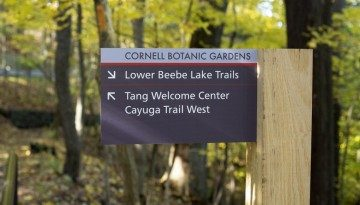 Cornell Botanic Gardens sign directing toward Lower Beebe Lake Trails and Tang Welcome Center, Cayuga Trail West