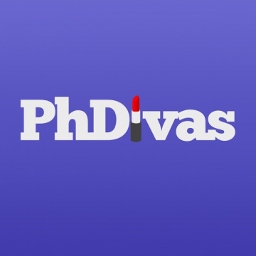 PhDivas logo: text with lipstick instead of letter I